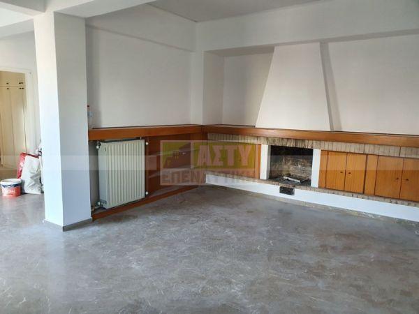 For Sale - KAINOURGIA PORTA